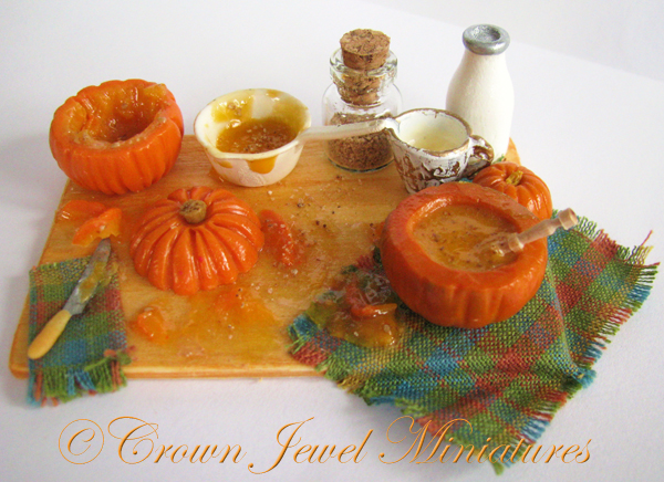 Crown Jewel Miniatures Pumpkin Soup Board