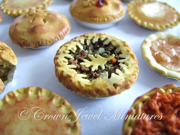 Crown Jewel Miniatures Meat & Vegetable Pie