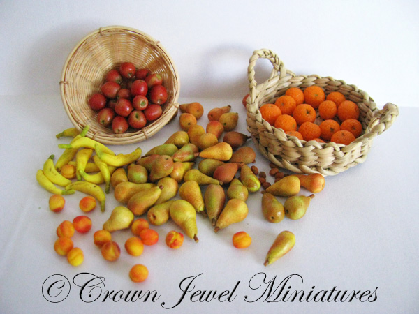 Crown Jewel Miniatures Fruit 2013
