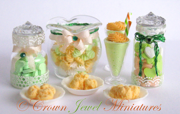 Crown Jewel Miniatures St. Patrick's Day Desserts