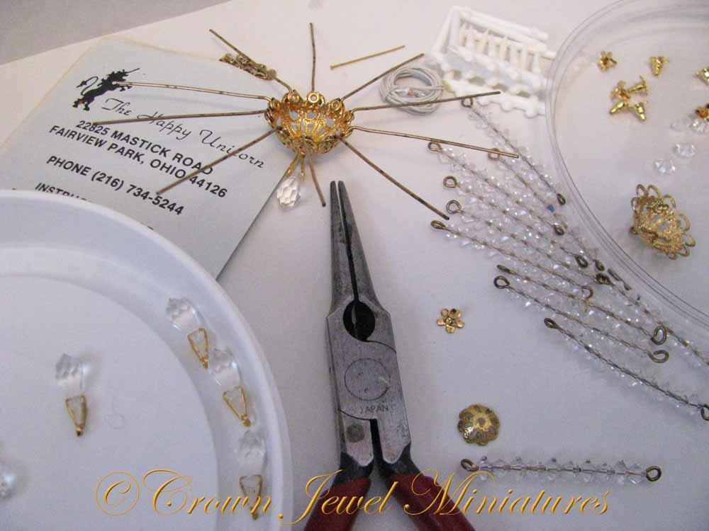 IGMA Artisan Robin Brady-Boxwell – Crown Jewel Miniatures